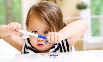 Πώς θα μάθει το παιδί να γράφει το όνομά του; Ιδού 12 τρόποι