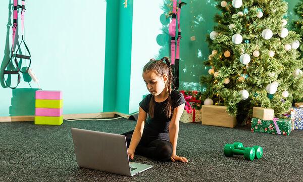 Χριστουγεννιάτικες ασκήσεις γυμναστικής για παιδιά στο σπίτι (vid)