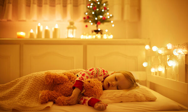 Πείτε αυτά στα παιδιά πριν πέσουν για ύπνο το βράδυ της Πρωτοχρονιάς