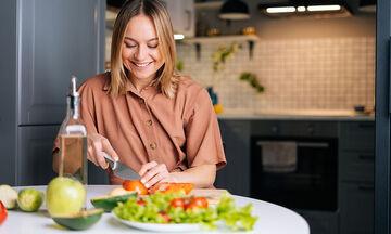 Εννέα υγιεινές προτάσεις για βραδινό - Ιδανικές και για απώλεια βάρους (vid)