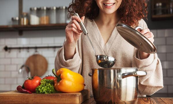 Δεν ξέρετε τι να μαγειρέψετε; Σας προτείνουμε δώδεκα νόστιμες συνταγές