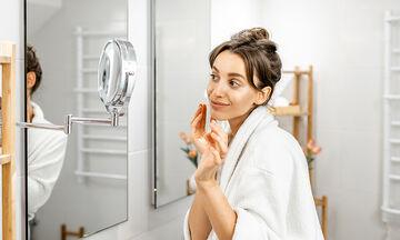 Tips για μαμάδες: Κάντε το μπάνιο σας να μοσχομυρίζει με αυτό το τρικ