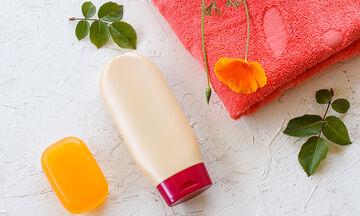 5 απίθανες ιδέες για να αξιοποιήσετε τα πλαστικά μπουκάλια των σαμπουάν