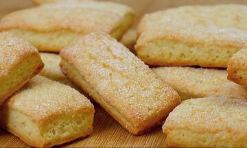 Αφράτα μπισκότα για παιδιά με γιαούρτι και χωρίς αυγά ( vid)