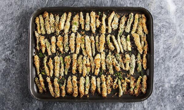 Κολοκυθάκια τηγανητά στον φούρνο από τον Άκη Πετρετζίκη