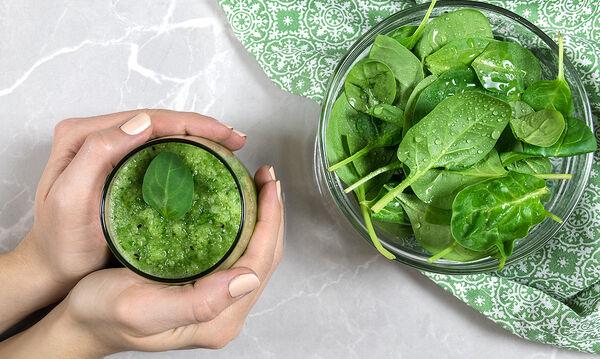 Μαμά και διατροφή: Πιείτε αυτό το πράσινο smoothie και χάστε λίπος