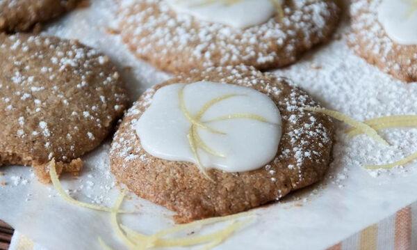 Τραγανά μπισκότα με φουντούκια και ελαιόλαδο έτοιμα σε 10 λεπτά
