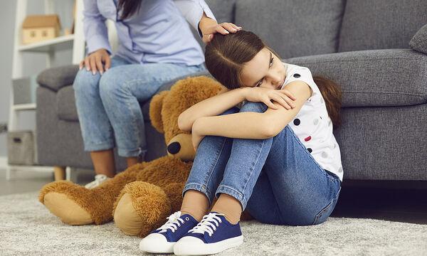 Πώς να βοηθήσετε το παιδί να χειριστεί το στρες