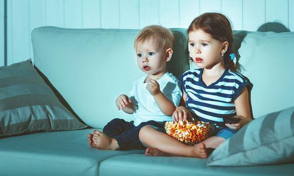 Πώς η τηλεόραση επηρεάζει τις διατροφικές συνήθειες του παιδιού;