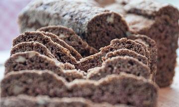 Γλυκό ψωμί με κολοκυθάκια και μπαχαρικά από τον Άκη Πετρετζίκη