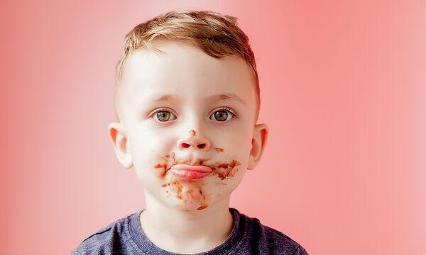 Υγιεινά τρουφάκια με χουρμάδες για παιδιά