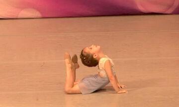 Τετράχρονη μπαλαρίνα εντυπωσιάζει με τις χορευτικές της ικανότητες (vid)