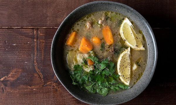 Κρεατόσουπα με λαχανικά: Δείτε πώς θα τη φτιάξετε