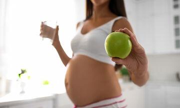 Μήλα στη διατροφή της εγκύου: Έξι σημαντικά οφέλη