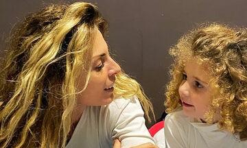 Δες την κούκλα μικρή κόρη της Κατερίνας Λάσπα - Θα πάθεις πλάκα