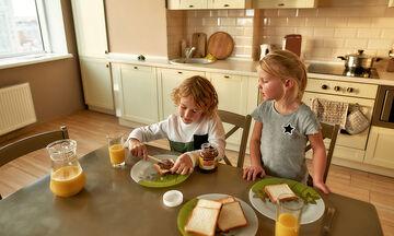 Παιδική διατροφή: Γρήγορα σνακ για μετά το σχολείο (vid)