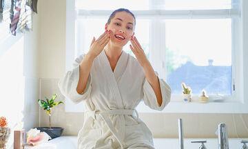 Tips ομορφιάς για μαμάδες: 13 φυσικά έλαια που καταπολεμούν τις ρυτίδες