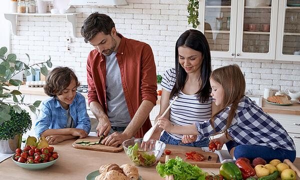 Ο ρόλος της οικογένειας στη σωστή διατροφή των παιδιών