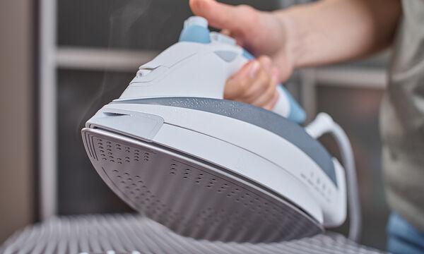 Tips για μαμάδες: Τα 8 λάθη που όλοι κάνουμε στο σιδέρωμα