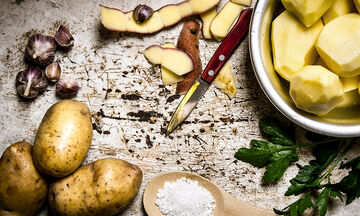 Tips για μαμάδες: Πώς μπορείτε να χρησιμοποιήσετε τις φλούδες πατάτας