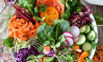 Τελικά πόσα λαχανικά καταναλώνουν οι έφηβοι; Η νέα έρευνα που θα σε εντυπωσιάσει