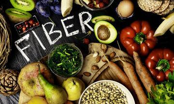 Δεκαέξι τροφές πλούσιες σε φυτικές ίνες που βοηθούν στην απώλεια βάρους
