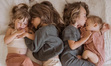 Πολύτεκνη μαμά φωτογραφίζει τα τέσσερα παιδιά της και μας εμπνέει (pics)