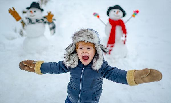 Αυτά είναι μερικά από τα οφέλη του χιονιού στην υγεία των παιδιών