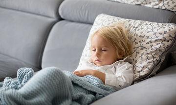 Πέμπτη νόσος και παιδιά: Όλα όσα πρέπει να γνωρίζουν οι γονείς