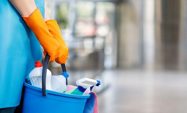 Tips για μαμάδες: Κόλπα για να καθαρίσετε τα πιο δύσκολα σημεία του σπιτιού
