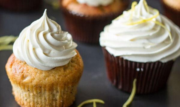 Cupcakes με λεμόνι και frosting λεμονιού - Τα παιδιά θα τα λατρέψουν