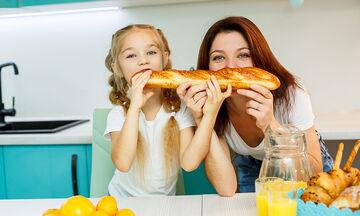 Ψωμί χωρίς γλουτένη για παιδιά με κοιλιοκάκη (vid)