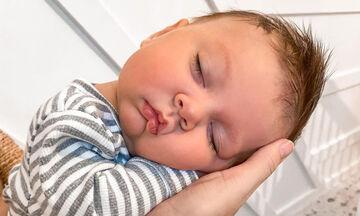 Μαμά φωτογραφίζει τον γιο της που κοιμάται - Οι φώτο της είναι απίθανες
