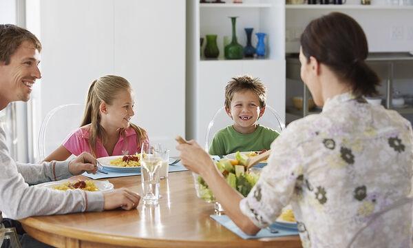 Πώς θα κάνετε την ώρα του φαγητού σημαντική για όλη την οικογένεια;
