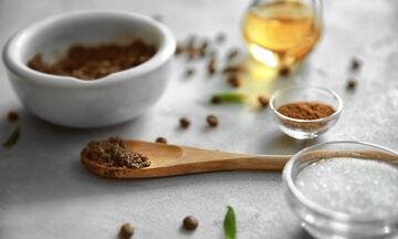 Tips για μαμάδες: Σπιτικό scrub με κακάο και ζάχαρη