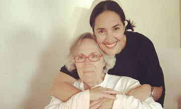 Νόνη Δούνια: Η μητέρα της είχε γενέθλια – Δείτε την έκπληξη που της έκανε