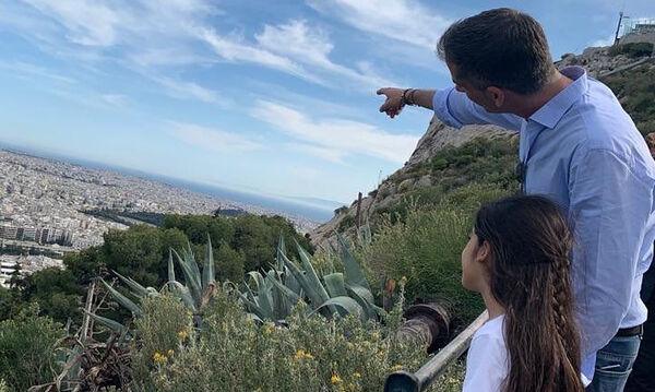 Κώστας Μπακογιάννης: Η κόρη του είχε γενέθλια- Δείτε την πρωτότυπη τούρτα