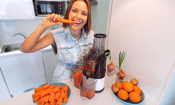 Tips για μαμάδες: 25 οφέλη του χυμού καρότου για την υγεία & την επιδερμίδα