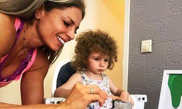 Κατερίνα Λάσπα: Η απίθανη selfie με τη μικρή της κόρη (pics)