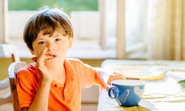 Ονυχοφαγία: Πώς θα βάλετε τέλος σε αυτή τη συνήθεια των παιδιών
