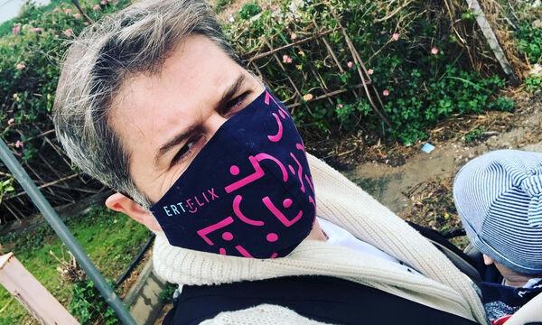 Αλέξανδρος Μπουρδούμης: Μπήκε στην κούνια του γιου του - Δείτε φώτο