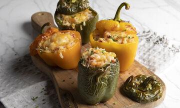 Κλασσική συνταγή για τις πιο νόστιμες γεμιστές πιπεριές