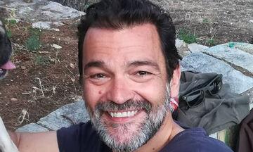 Κωνσταντίνος Καζάκος: Βόλτα με τον γιο του στο Σούνιο