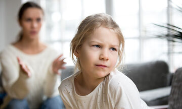 20 φράσεις που μπορείτε να πείτε στο παιδί σας όταν σας αγνοεί