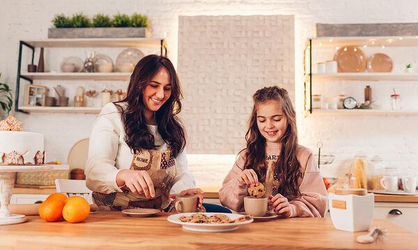 Πώς θα φτιάξετε σοκολατένιο χούμους από ρεβίθια για τα παιδιά