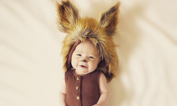 Μωράκια φωτογραφίζονται με αποκριάτικες στολές κι είναι απολαυστικά
