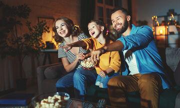 Οργανώστε οικογενειακή βραδιά σινεμά και φτιάξτε popcorn με γεύση λεμόνι