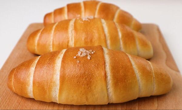 Αυτά τα αφράτα αλμυρά ψωμάκια πρέπει να τα δοκιμάσετε
