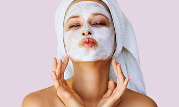 Tips για μαμάδες: Σπιτική μάσκα προσώπου με γιαούρτι - Ποια τα οφέλη