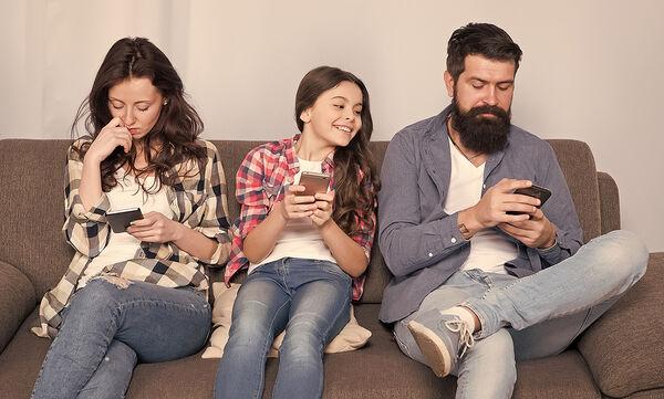 Τέσσερις συνήθειες των γονιών που επηρεάζουν την ψυχολογία του παιδιού